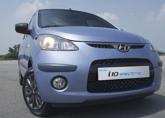 Hyundai Launches i10 Electric At Auto Expo 2010
