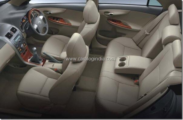 toyota corolla altis diesel india interiors