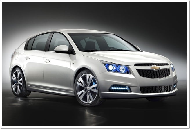 Chevrolet-Cruze_Hatchback_2012_1024x768_wallpaper_01
