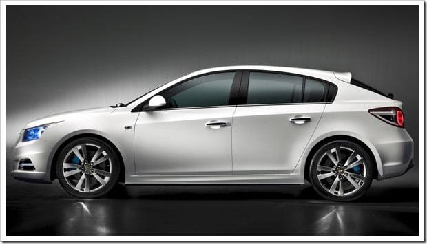 Chevrolet-Cruze_Hatchback_2012_1024x768_wallpaper_02