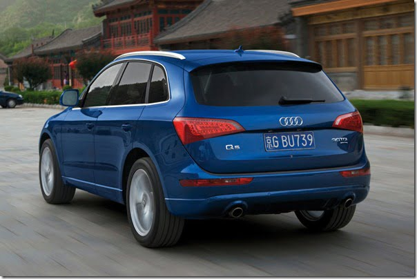 Audi-Q5_2009_1024x768_wallpaper_2b