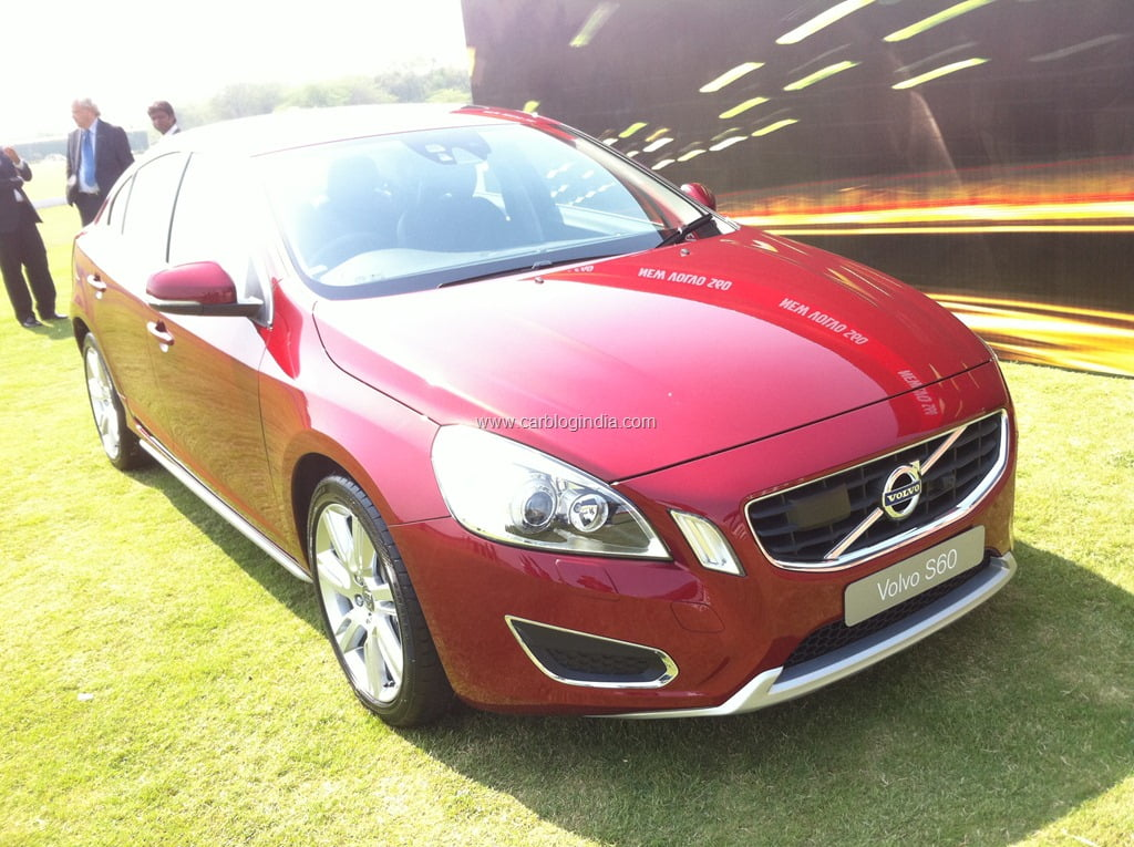 Volvo S60 Sedan Launched in India– Price, Specifications Features