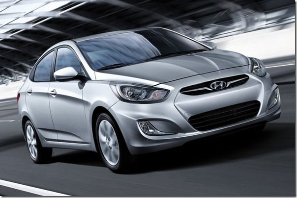 Hyundai-Accent_2012_1024x768_wallpaper_02