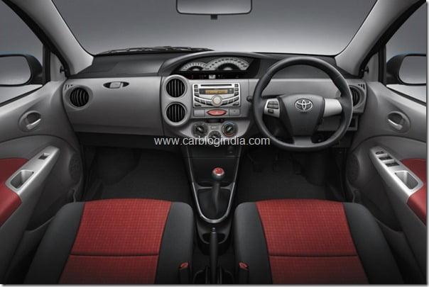 Toyota Etios Liva Interios (1)