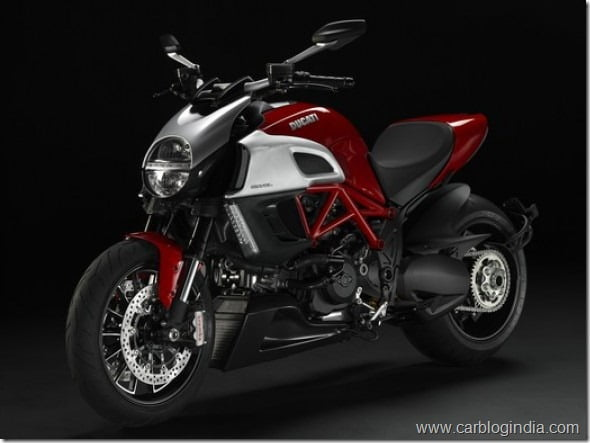 Ducati Diavel 1200CC Motorcycle Launched In India– Specifications Features & Price