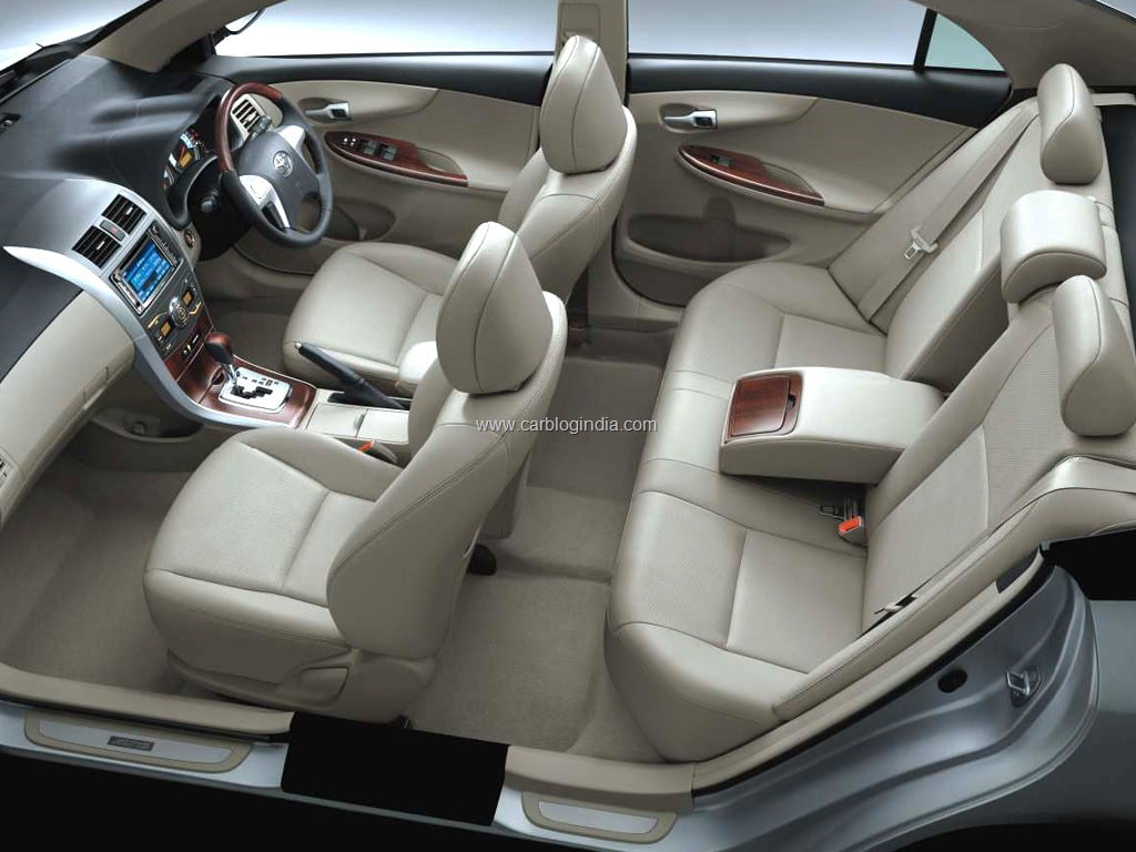 2011 new model toyota corolla altis launched officially price features and details. Black Bedroom Furniture Sets. Home Design Ideas