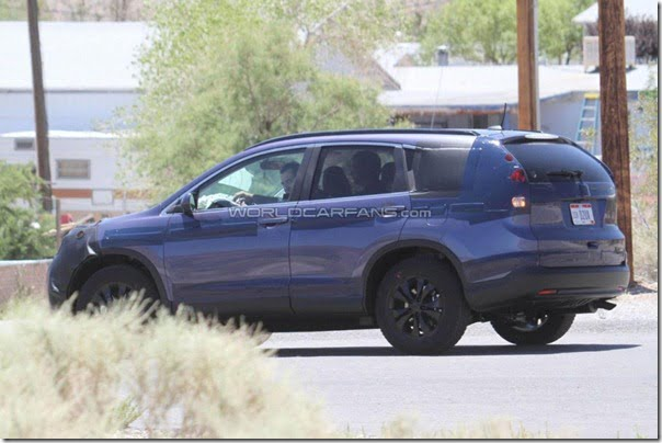 Honda CRV 2012 Spy Pictures (4)