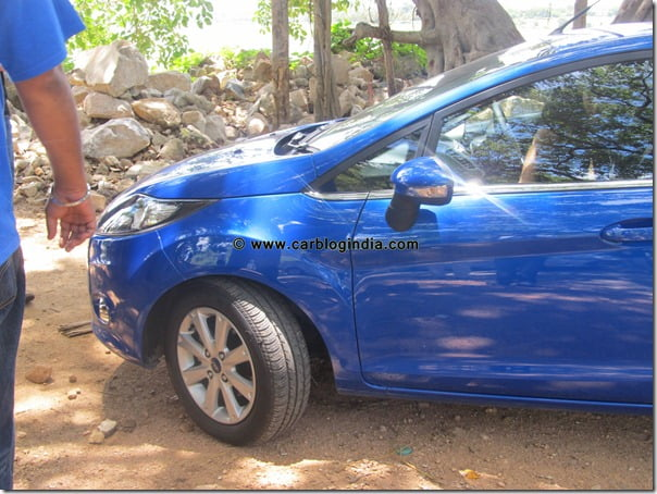 New Ford Fiesta 2011 India- Deep Drive (59)