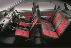 Toyota-Etios-Liva-Interios-2_thumb