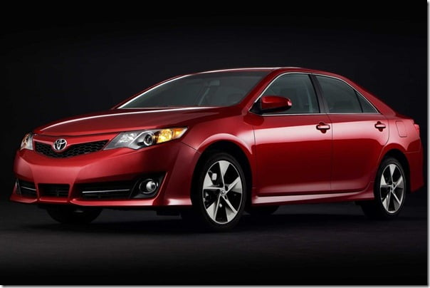 Toyota-Camry_2012_1024x768_wallpaper_10