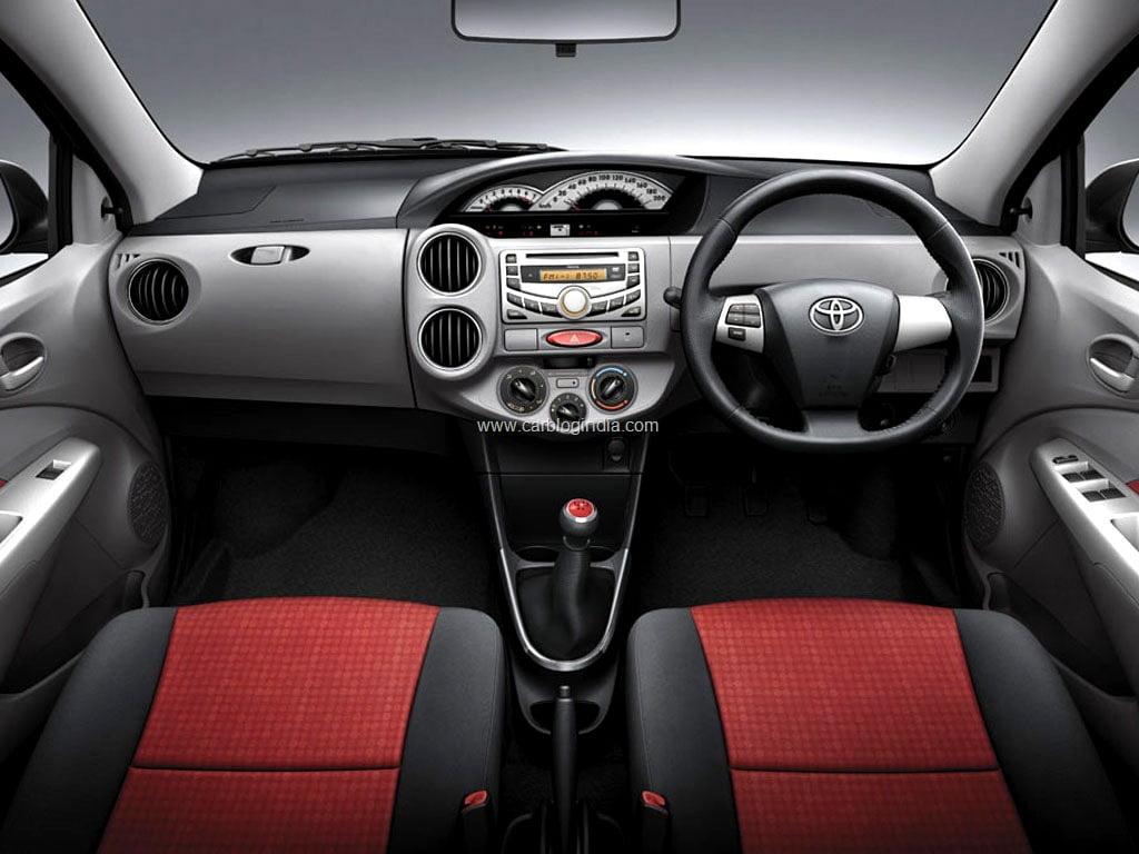 Confused B W New Swift Dzire Diesel 2012 And Toyota Etios Diesel