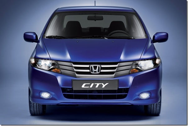 Honda City Again On Top Of The List- Beats Hyundai Verna In Sales In Aug 2011