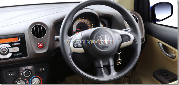 Honda-brio-steering-mounted-controls