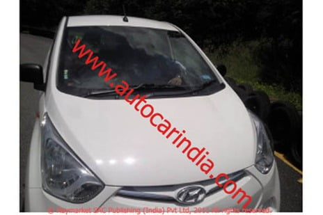 Hyundai Eon 2011 800 CC Small Car (2)