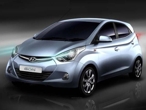 Hyundai Eon 800 CC Small Car 2012 India (1)