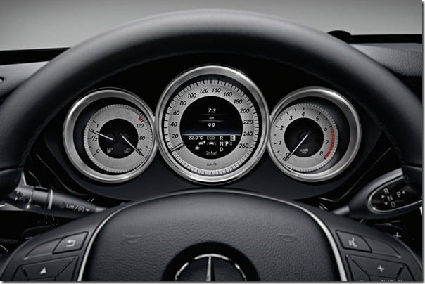 Mercedes-Benz-CLS-Class_2012_1024x768_wallpaper_a3
