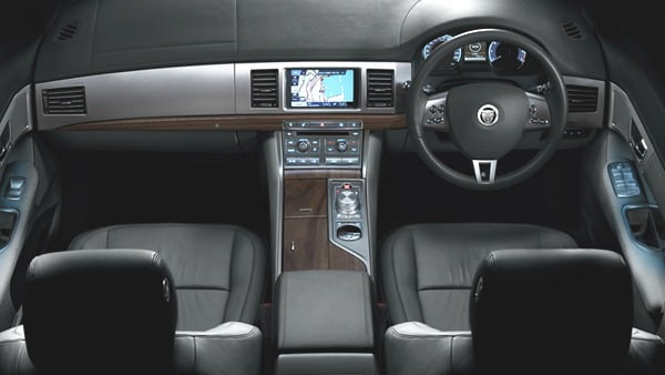 2012 Jaguar XF Interiors