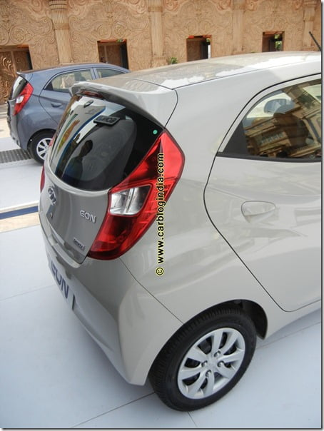Hyundai Eon Detailed Interiors and Exteriors Review With Video & Pictures