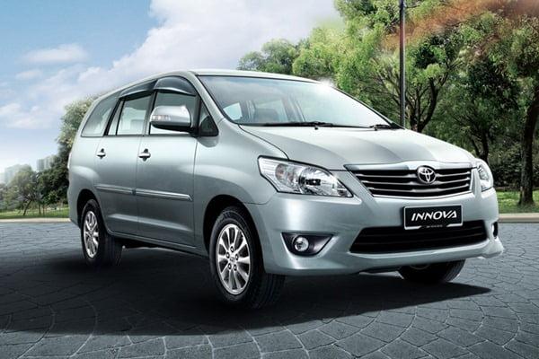 2012 Toyota Innova front