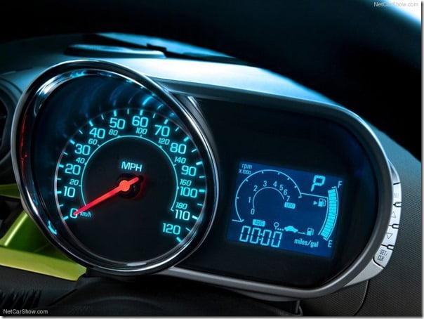 Chevrolet Beat 2013 (11)