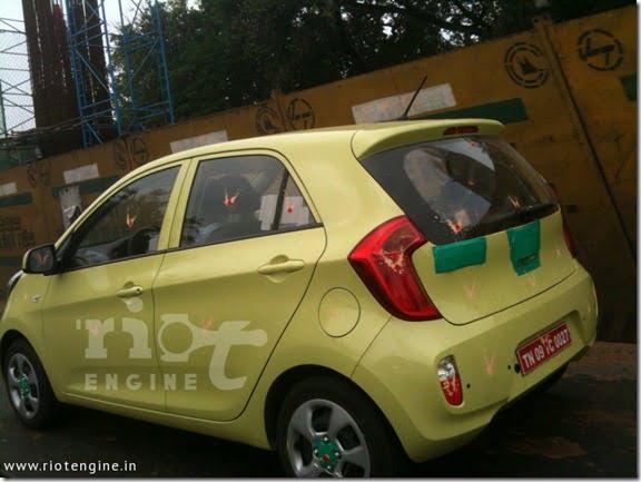 Kia Picanto Small Car Spied Testing In India (7)