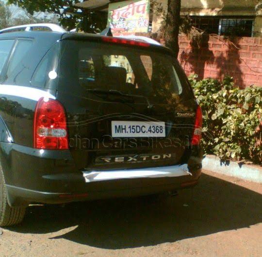 Ssangyong-Rexton SUV India rear