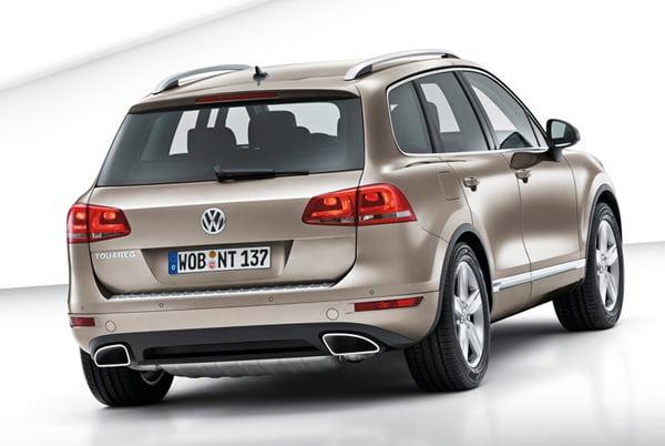 Volkswagen-Touareg_2011_1024x768_wallpaper_3b