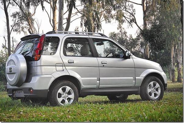 2012 Facelifted Premier Rio Compact SUV rear