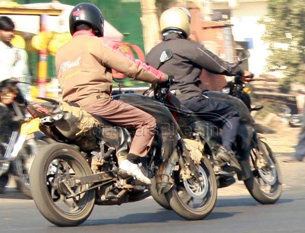Bajaj Pulsar 2012 Spy Pictures (1)