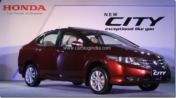 [Video] What Is New In New Honda City 2011?– Quick Walk Around Video Review of Interiors and Exteriors