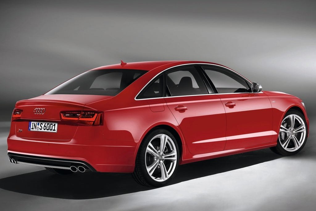 2013 audi s6 sports sedan unveiled at auto expo 2012 in. Black Bedroom Furniture Sets. Home Design Ideas