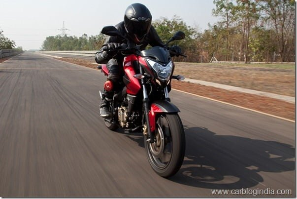 Bajaj Pulsar 200 NS Official Picture (2)