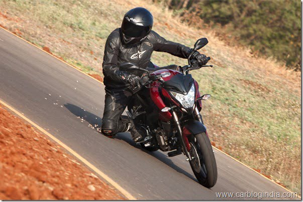 Bajaj Pulsar 200 NS Official Picture (4)
