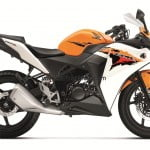 Honda CBR150R Sporty Bike Launched At Auto Expo 2012 Under Rs. 1.2 Lakhs– Yamaha R15 V2.0 Competitor