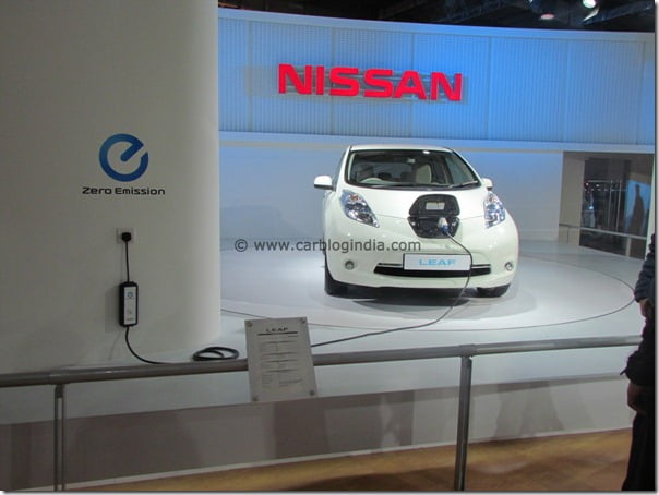 Nissan Brings Compact Sports Concept, Leaf Electric Car, GT-R Sports Cars and 370Z At 2012 Auto Expo In India