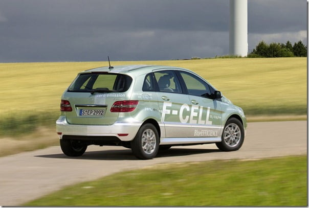Mercedes-Benz-B-Class_F-Cell rear