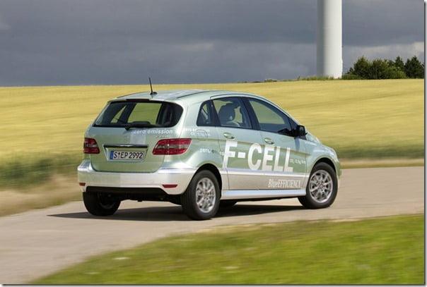 Mercedes-Benz-B-Class_F-Cell rear