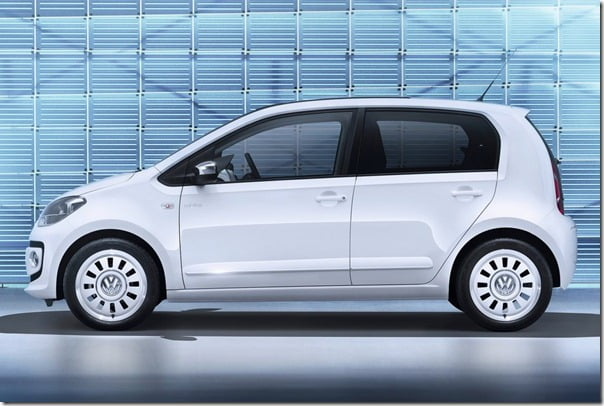 Volkswagen-Up_4-door 1