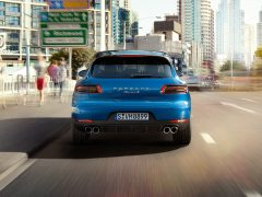 2015 Porsche Macan Rear