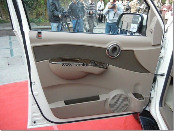 Mahindra Xylo 2012 New Model (30)