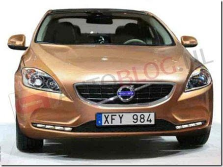 Volvo V40 Luxury Car (2)