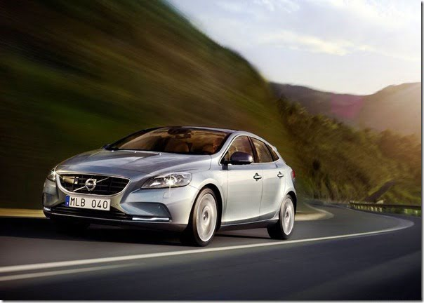 Volvo V40 Official Picture (3)