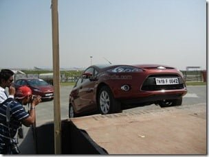 Ford Fiesta 2012 PowerShift Automatic Track Test Drive Review (208)