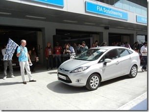 Ford Fiesta 2012 PowerShift Automatic Track Test Drive Review (37)