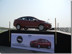 Ford Fiesta 2012 PowerShift Automatic Track Test Drive Review (84)
