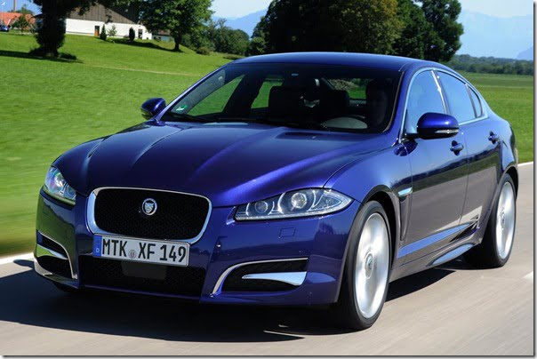 Jaguar-XF_2012_1024x768_wallpaper_03