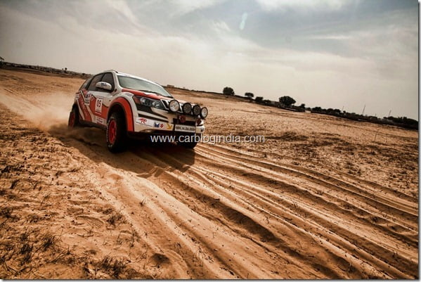 Mahindra XUV5OO Wins 3rd Place At Desert Storm 2012 Car Rally (2)