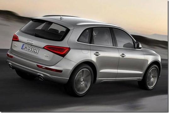 2013 Audi Q5 SUV Rear