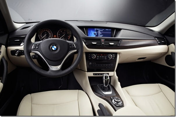 2013 BMW X1 SUV Interiors