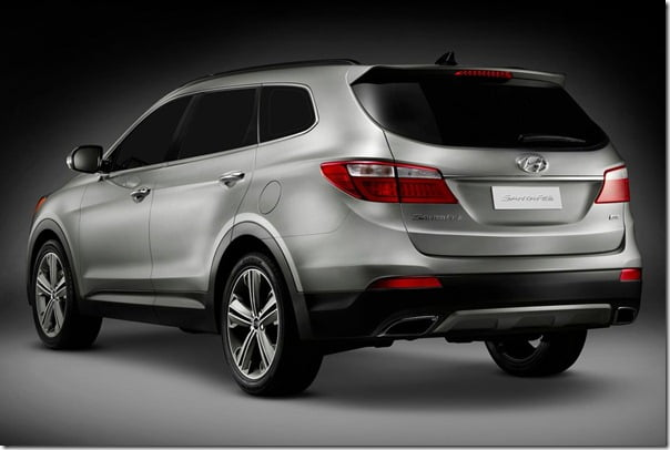Hyundai Santa Fe 2013 Model rear